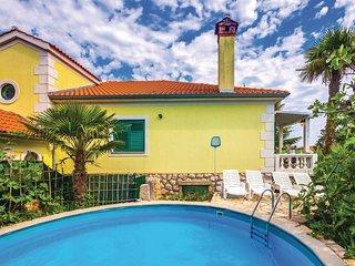 2 bedroom Villa in Gabonjin, Primorsko-Goranska Zupanija, Croatia : ref 5564929