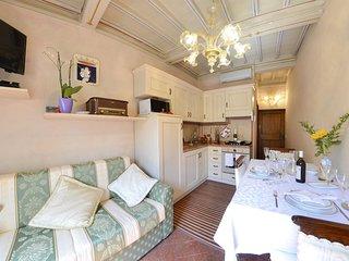 1 bedroom Apartment in Cortona, Tuscany, Italy : ref 5472431