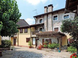 2 bedroom Villa in San Giovanni al Natisone, Friuli Venezia Giulia, Italy : ref