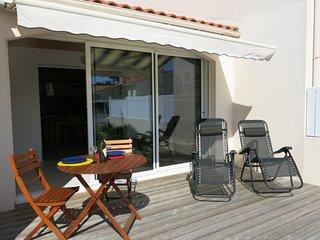 2 bedroom Villa in Bretignolles-sur-Mer, Pays de la Loire, France : ref 5638255