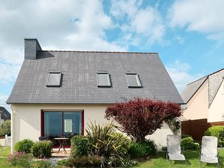 2 bedroom Villa in Le Pouldu, Brittany, France : ref 5438213