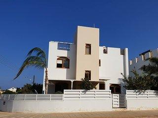Villa Riviera, Ayia Triada
