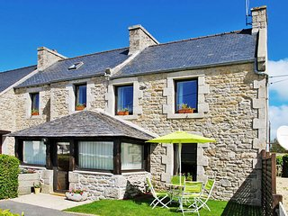 2 bedroom Villa in Cleder, Brittany, France : ref 5438060