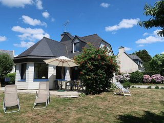4 bedroom Villa in Fouesnant, Brittany, France : ref 5438125