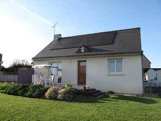 2 bedroom Villa in Pors Éven, Brittany, France : ref 5485110