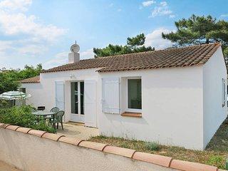 2 bedroom Villa in La Tranche-sur-Mer, Pays de la Loire, France - 5448157