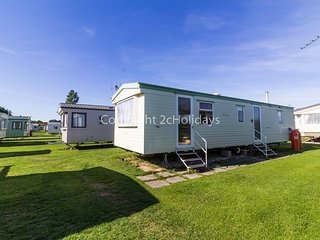 8 berth caravan near to amenities. *Pets allowed. At Sunnydale Park. REF 35156