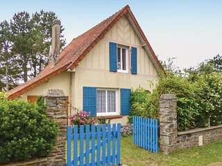 2 bedroom Villa in Saint-Germain-sur-Ay, Normandy, France - 5539295