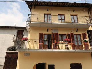 1 bedroom Apartment in Sparone, Piedmont, Italy : ref 5650798
