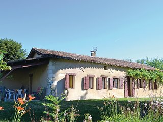 2 bedroom Villa in Laudinie, Nouvelle-Aquitaine, France : ref 5521885