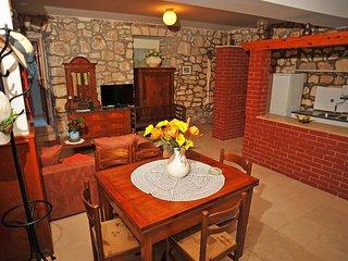 2 bedroom Apartment in Sutivan, Croatia - 5561695