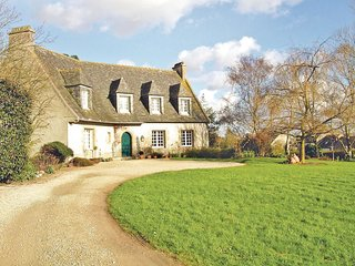 3 bedroom Villa in Cléder, Brittany, France : ref 5536531