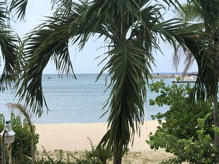 Ocho Rios Bay Beach Apt