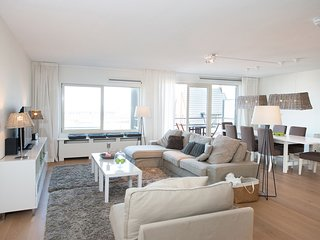 Spacious apartment in The Hague with Lift, Internet, Washing machine, Balcony