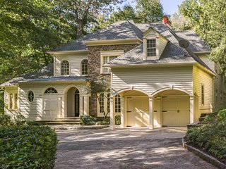 Gorgeous Luxury Home in Buckhead