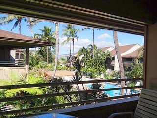 Kihei Bay Vista #C-205, Ocean and Inner Courtyard Views, Top Floor, Sleeps 4