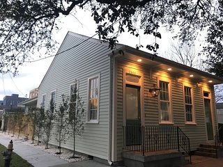 New Orleans Holiday House 23361