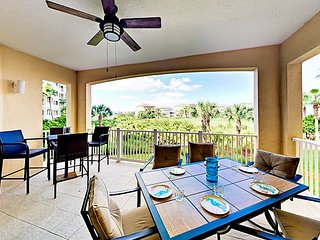 Steps to Beach! 3BR w/ Private Balcony - Stunning On-Site Pools & Golf