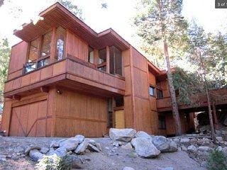 An Architectural Design by Dennis McGuire 'Howeland Retreat'