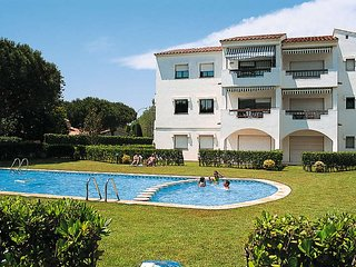 2 bedroom Apartment in Mas Pinell, Catalonia, Spain : ref 5435543