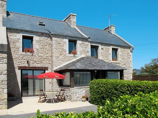 2 bedroom Villa in Kervaliou, Brittany, France - 5653145