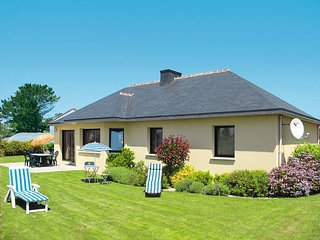 3 bedroom Villa in Kerlouan, Brittany, France : ref 5438150