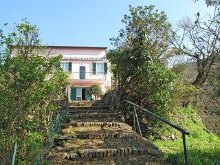 1 bedroom Apartment in Santa Vittoria di Libiola, Liguria, Italy : ref 5651124