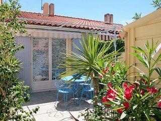 2 bedroom Villa in Port Camargue, Occitania, France : ref 5649860