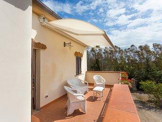 Casa Minnina Villa Sleeps 8 with Pool and Air Con - 5681388