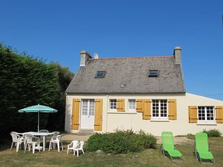 3 bedroom Villa in Kerlouan, Brittany, France : ref 5438171