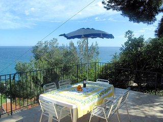 2 bedroom Villa in Poggi Inferiore Poggi Superiore, Liguria, Italy : ref 5444188