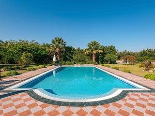 Kolympia Villa Sleeps 10 with Pool and Air Con - 5639531