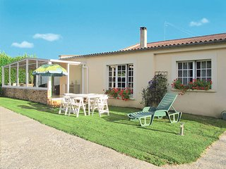 3 bedroom Villa in Saint-Vigor-le-Grand, Normandy, France : ref 5441912