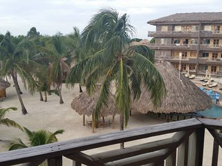 1 Week On The Beach In Tropical Belize-2BR Villa-Full Kitchen-Choose Your Week
