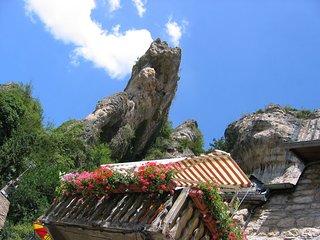 Gite typique en pierre de Lozère3*** balcon vue Gorges du Tarn