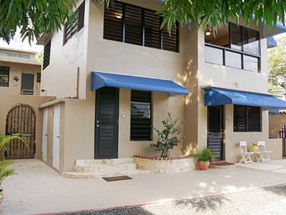 Beach Castle Private home for 8 -10 steps from Isla Verde Beach and hotels