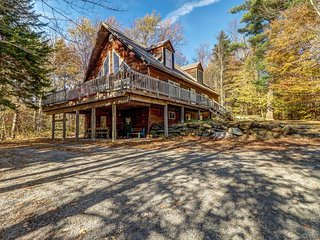 NEW LISTING! Ideally located ski chalet with private hot tub and mountain views!