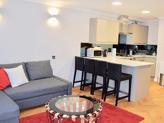 Cool, Large London Apartment (HA3)