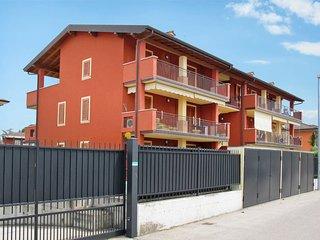 1 bedroom Apartment in Scannabue-Cascine Capri, Lombardy, Italy : ref 5655002