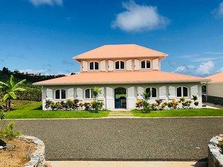 Villa de luxe, 5 chambres avec piscine privée et jacuzzi, idéale en famille
