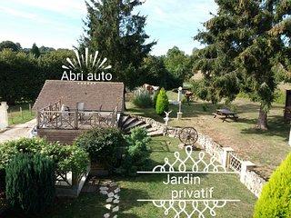 LE PIERRA  coquet et lumineux avec jardin