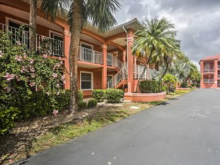 NEW! Lovely Naples Condo .5 Mi to Vanderbilt Beach