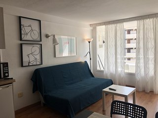 Beautiful 1 bedroom apartment in the heart of Las Americas!  LA100