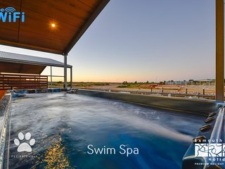 19 Corella Court - Spacious deck with swim spa