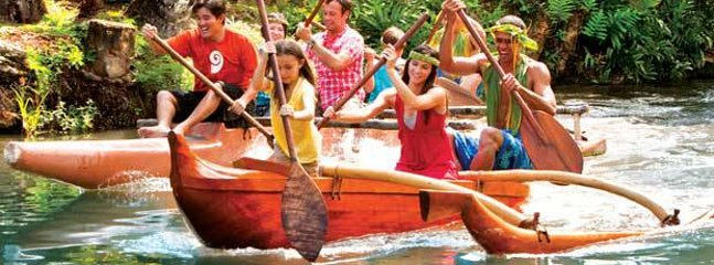 Polynesian Cultural Center – enjoy cultural shows and demonstrations from different PCC