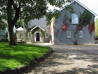Luxurious Roselick Lodge 5* Irish Georgian farmhouse 4min drive to Golf portrush