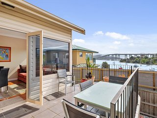 Manfield City Waterfront View Cottage Tasmania