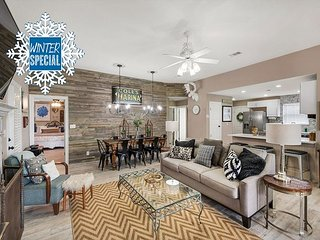 **2018 DISC** UPDATED, Near Beach, Hot Tub, Community Heated Pool +FREE Perks