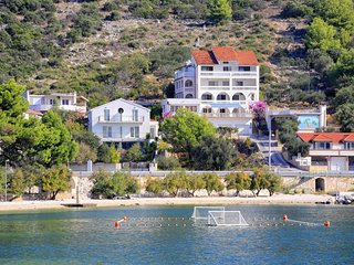 Two bedroom apartment Marina (Trogir) (A-10415-a)