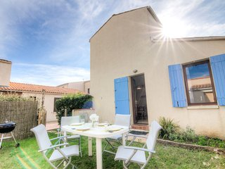 2 bedroom Villa in Saint-Palais-sur-Mer, Nouvelle-Aquitaine, France : ref 504679